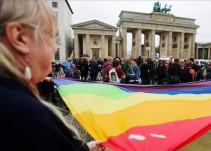 #AsíSopitas: Retiran condenas a homosexuales encarcelados desde el régimen nazi