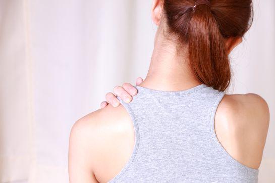 Salud: ¿Sufres de dolores infernales en el hombro?