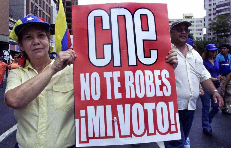 Venezolanos protestan para recuperar su libertad de expresión