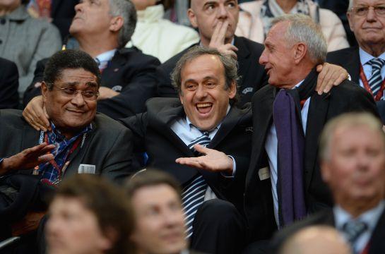 #AsíSopitas: Ajax y Barcelona rinden homenaje a Johan Cruyff