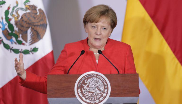 """""""Merkel está comprometida con los DDHH"""": Abel Barrera, Director de Tlachinollan"""
