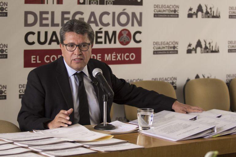 Monreal dejaría su cargo para buscar candidatura de Morena en 2018