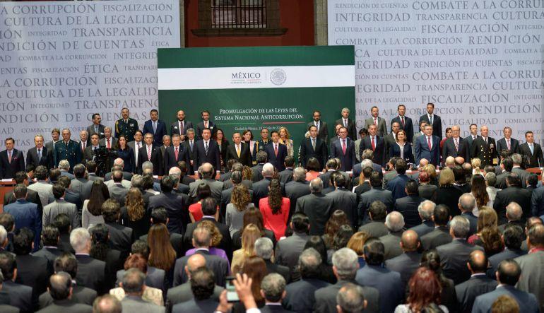 """""""El sistema amenaza a ciertos intereses y van a tratar de deslegitimar el proceso"""": Edna Jaime y Sergio López Ayllón"""
