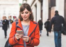 #AsíSopitas: Honolulu multará a quien camine y vea su celular al mismo tiempo