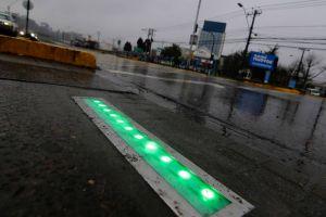 En la ciudad de Concepción, Chile comenzaron a funcionar los primeros dos semáforos en el suelo