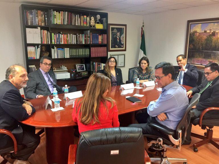 """""""Defenderemos derechos de los migrantes"""": Congresistas de Arizona"""