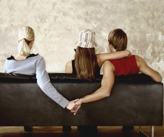 Amante o esposa: ¿Quién la pasa peor en un triángulo amoroso?