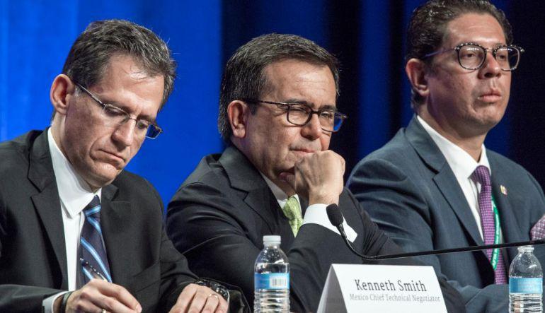 """TLC,Mexico,Negociación: México, EE.UU. y Canadá comprometidos con el TLC"""": Kenneth Smith"""