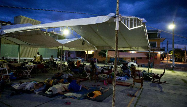 ¿¡Quién da más!? Partidos subastan ayuda humanitaria por sismo: Madrazo