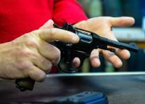 Acciones de fabricantes de armas aumentan tras tiroteos