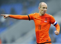 Arjen Robben renuncia de su Selección tras la eliminación de Holanda