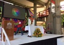 Realizan misa al ritmo de Coldplay en Puebla