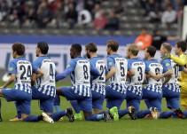 Jugadores alemanes se solidarizan con la NFL