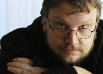 Gonzalo Lira, editor de Cinema Móvil y El Fanzine platicó con Guillermo Del Toro