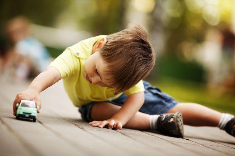 Cómo evitar que tus hijos se intoxiquen con sus juguetes