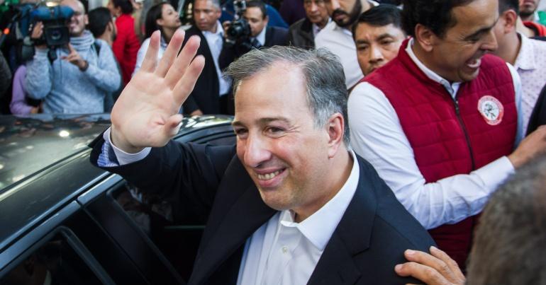 Presenta Meade propuesta anticorrupción