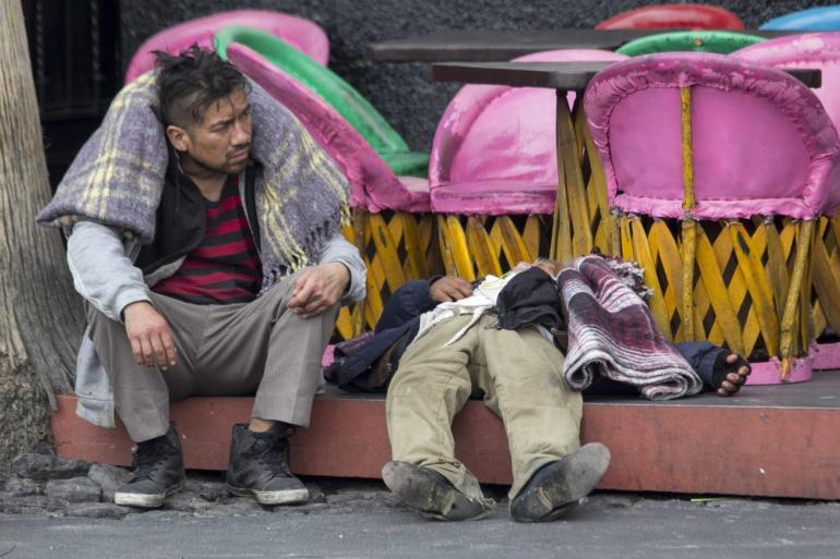 indigentes, frío: Así se defienden los indigentes del frío en la Ciudad de México