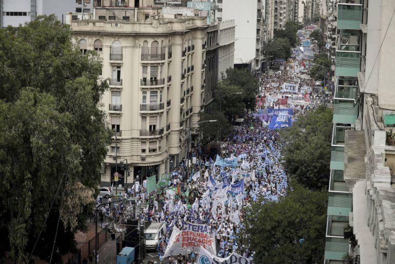 Huelga en Argentina deja a 5 millones de niños sin clases