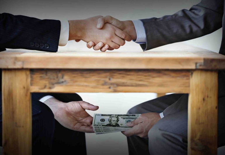 La coexistencia pacífica con la corrupción se está acabando pues ya hay mucha intolerancia en los actos de corrupción