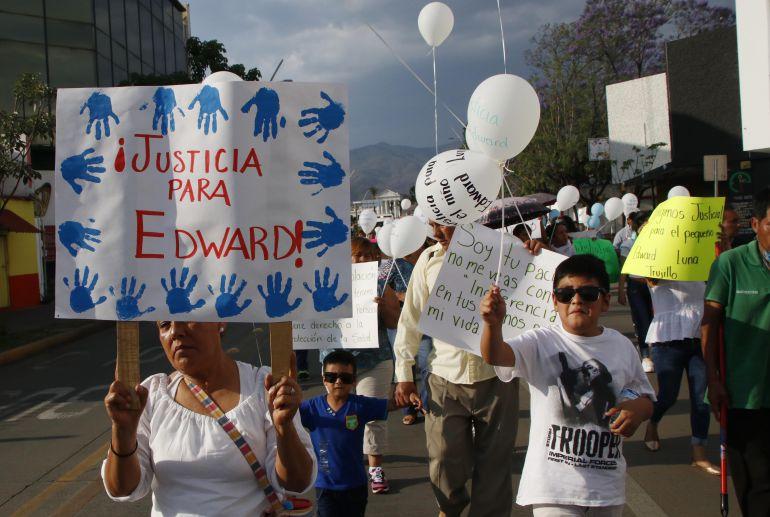 """Edward Luna: """"Mi hijo no iba grave, solo tenía fracturado su brazo"""": Mamá de Edward"""