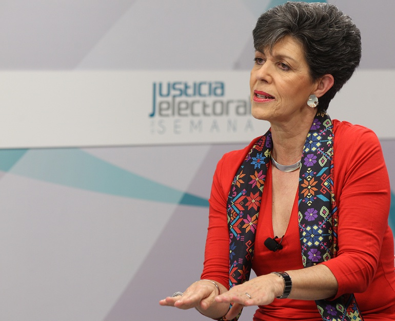 """Spot de niños candidatos seguirá en cines e internet"": Janine Otálora"