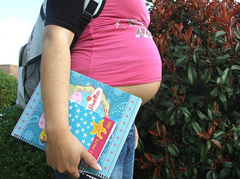 ¿Cómo es la vida de una madre adolescente?