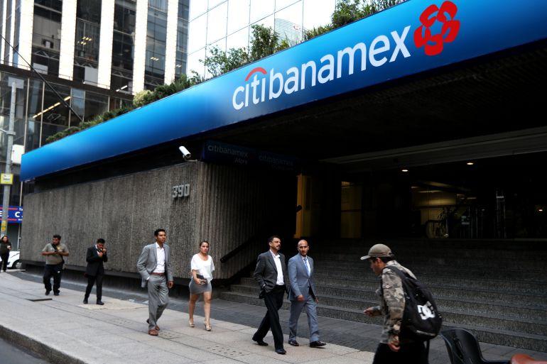 Se reporta falla en transferencias bancarias