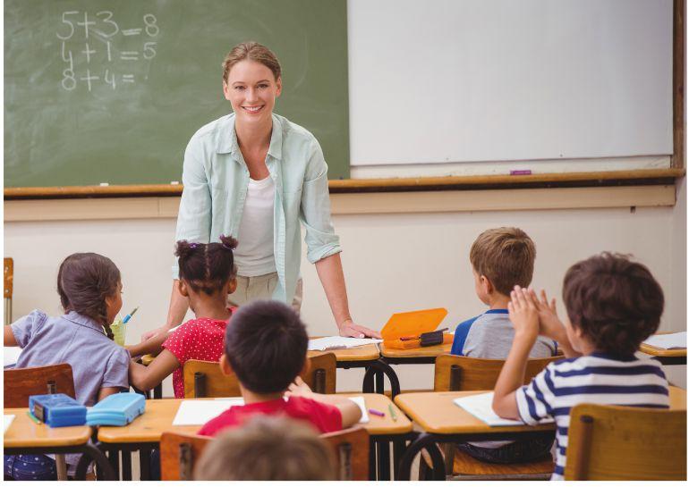 INEE pide ampliar la formación del maestro