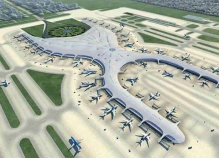 ¿Cuál es el riesgo de operar simultáneamente el AICM con la terminal de Santa Lucía?