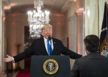 Trump lució resentido y preocupado en rueda de prensa: Moisés Naim