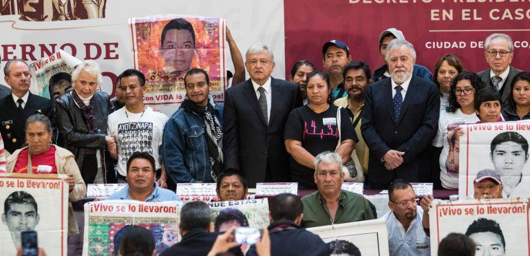Comisión de la Verdad,: Decreto por Ayotzinapa; producto del trabajo entre padres y AMLO