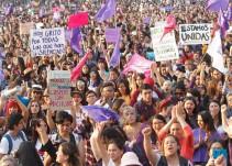 Marcha feminista pide políticas públicas para protección de mujeres