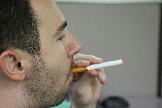 SOPITAS: El peligro de usar cigarros electrónicos