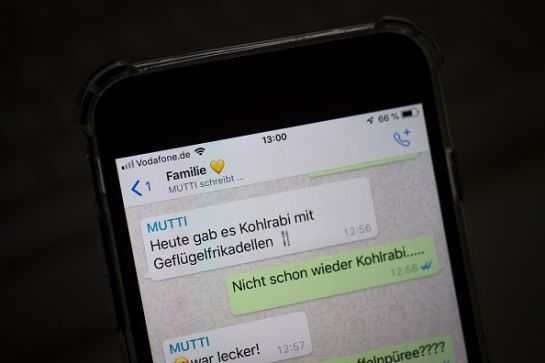 SOPITAS: La salida perfecta de los grupos de WhatsApp