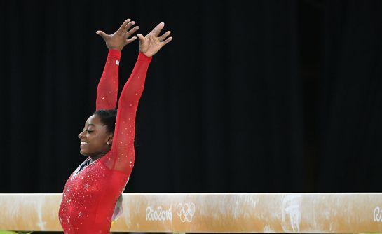 SOPITAS: Simone Biles, podría llegar a ser la mejor gimnasta de la historia