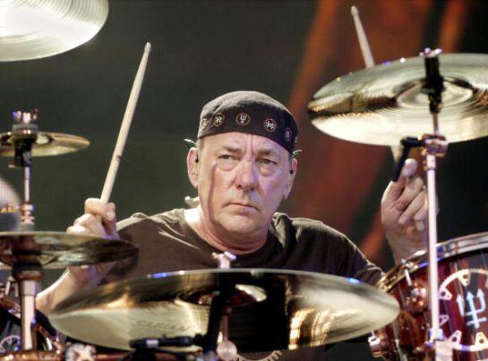 SOPITAS: Neil Peart, baterista de Rush falleció el fin de semana