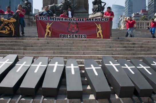 En el 2015 integrantes del Sindicato Nacional de Trabajadores Mineros Metalúrgicos Siderúrgicos y Similares de la República Mexicana marcharon para conmemorar el noveno aniversario de la tragedia en la mina de Pasta de Conchos, ubicada en Coahuila.