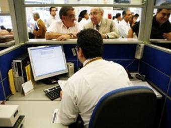 Evaden más de tres mil mdp en esquemas de sustitución patronal: SAT