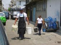 Cobrarán agua por tandeo a 136 colonias del DF