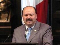 Piden diputados a Calderón no repatriar a Florence Cassez