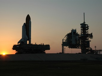 Completa Discovery su inspección en órbita