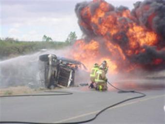 Suman ocho los muertos por accidente de pipa en la México-Querétaro
