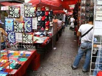 Provoca comercio informal serios estragos económicos