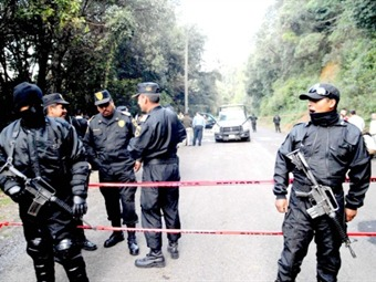Alcalde duranguense abandona el país por temor al narco