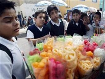 Avanza en DF prohibición para vender comida chatarra
