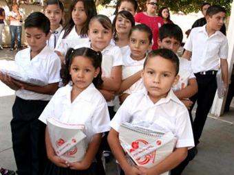 Distribuye SEP material contra violencia