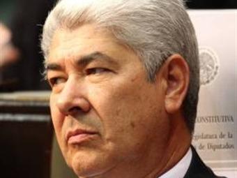 Rechazó Ramirez Acuña cobro de factura a Calderón