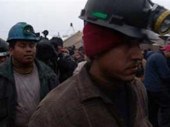 Llegan a mina de Coahuila rescatistas chilenos