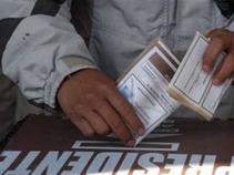 Flexibiliza IFE requisitos para voto de mexicanos en el exterior