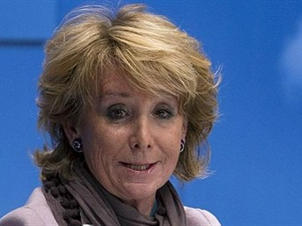 Dimite Esperanza Aguirre a Presidencia de Comunidad de Madrid